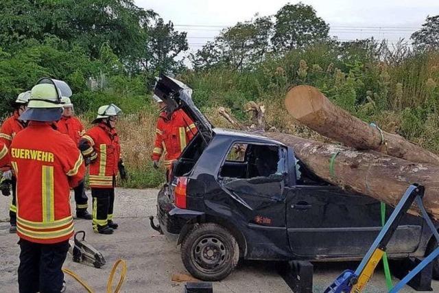 Freiwillige Feuerwehr probt beim Hilfeleistungstag den Ernstfall