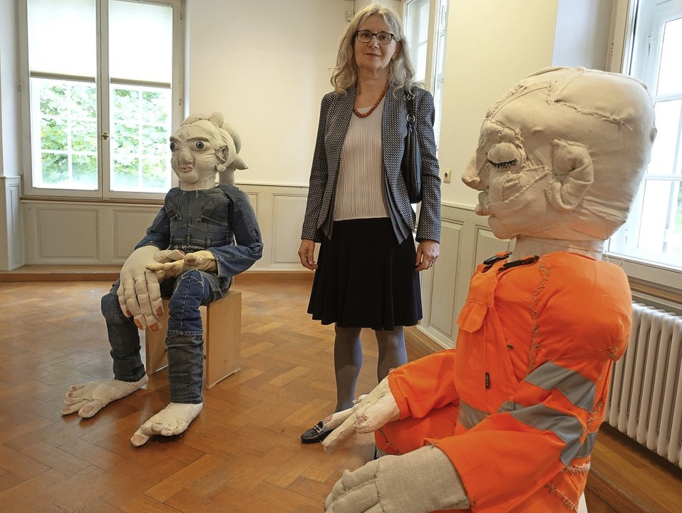 Die Rheinfelder Künstlerin Ruth Loibl ...ensgroße textile Plastiken aufgebaut.   | Foto: Roswitha Frey