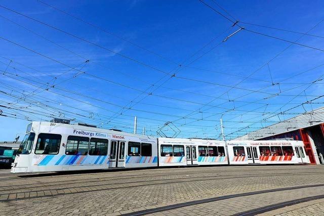 Die Freiburger Verkehrs-AG hat jetzt eine eigene Klimaschutz-Straßenbahn