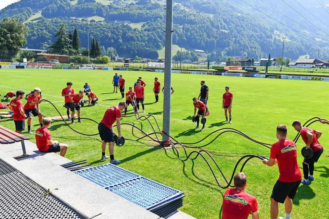 Sie sind ganz schön viele beim SC Freiburg in dieser Saison.  | Foto: Achim Keller