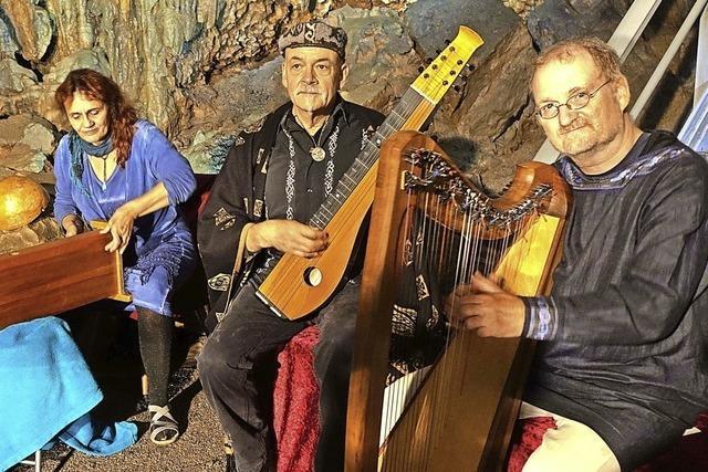 Roland Kroell, Claudia Libor und Christoph Pampuch gestalten Konzert in der Ödlandkapelle in Herrischried