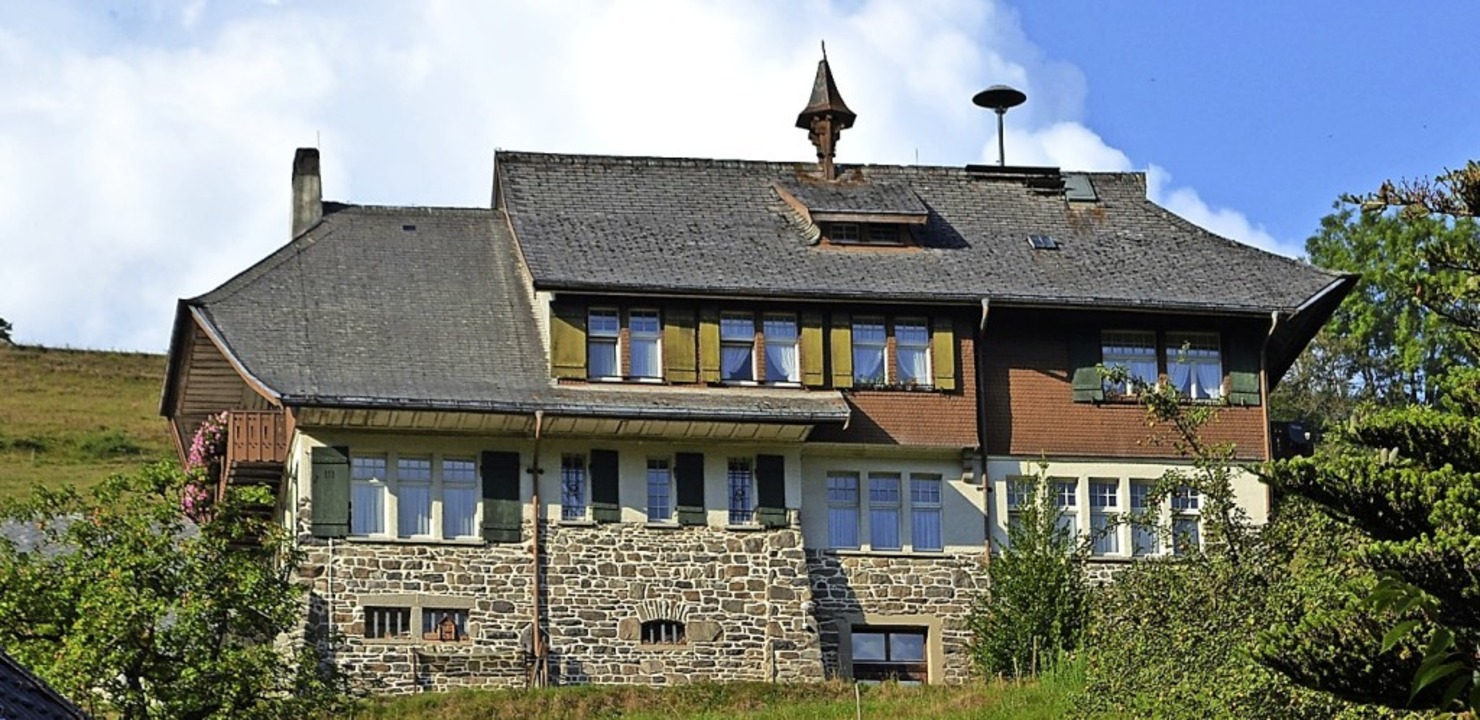 Das bewohnte Rathaus  soll besser isoliert werden.   | Foto: Paul Berger
