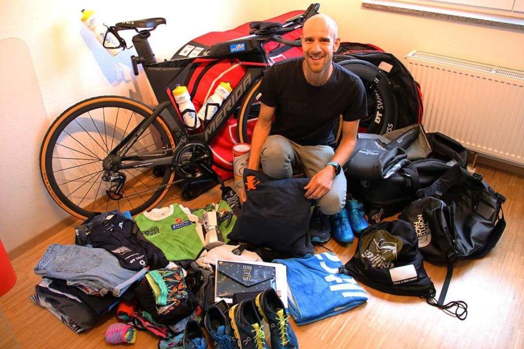Mit Kissen und Co. nach Kailua-Kona: T...chen für die Ironman-Weltmeisterschaft  | Foto: Christian Engel