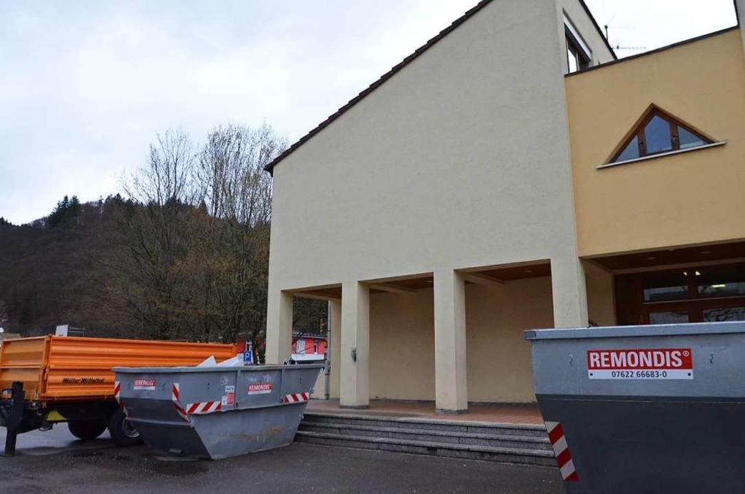 Im Frühjahr wurde die alte Hauptschule...umt und zur Sprachheilschule umgebaut.  | Foto: Sarah Trinler