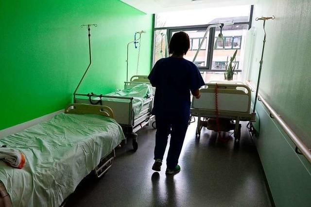 Rettungsdienste haben Probleme, ihre Patienten in Kliniken unterzubringen