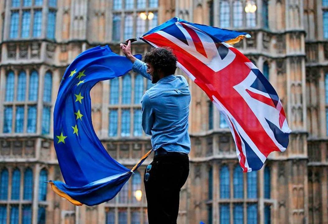 Das Chaos in London geht weiter.  | Foto: JUSTIN TALLIS (AFP)