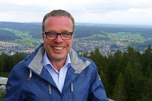 Rundgang mit Kandidaten: Michael Schreiner will finanzielle Schieflage ausräumen