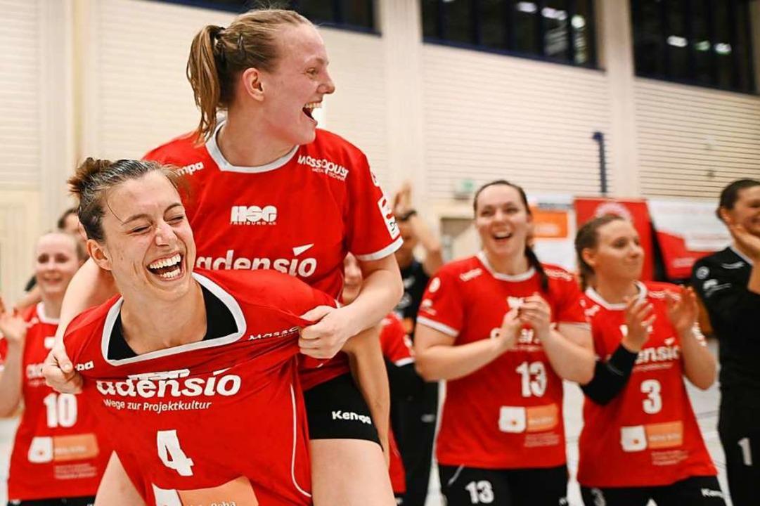 Haben die HSG-Spielerinnen Christiane ...zweiten Liga am Samstag was zu lachen?  | Foto: Patrick Seeger