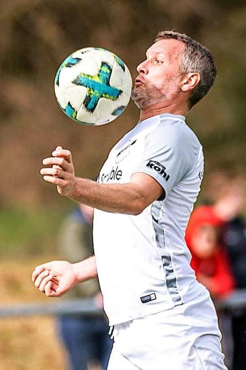 Chefarzt, Torjäger und Nationalspieler: Stefan Endres     Foto: Gerd Gruendl