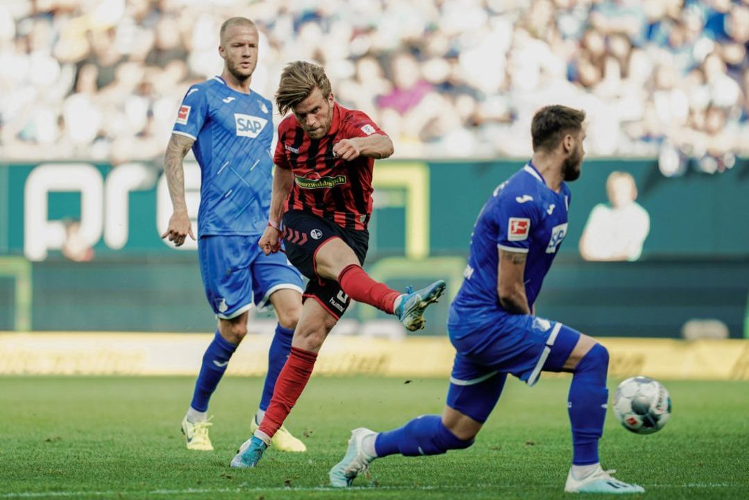 Lucas Höler spulte ein enormes Pensum ... Abschluss hatte er jedoch kein Glück.  | Foto: Uwe Anspach (dpa)