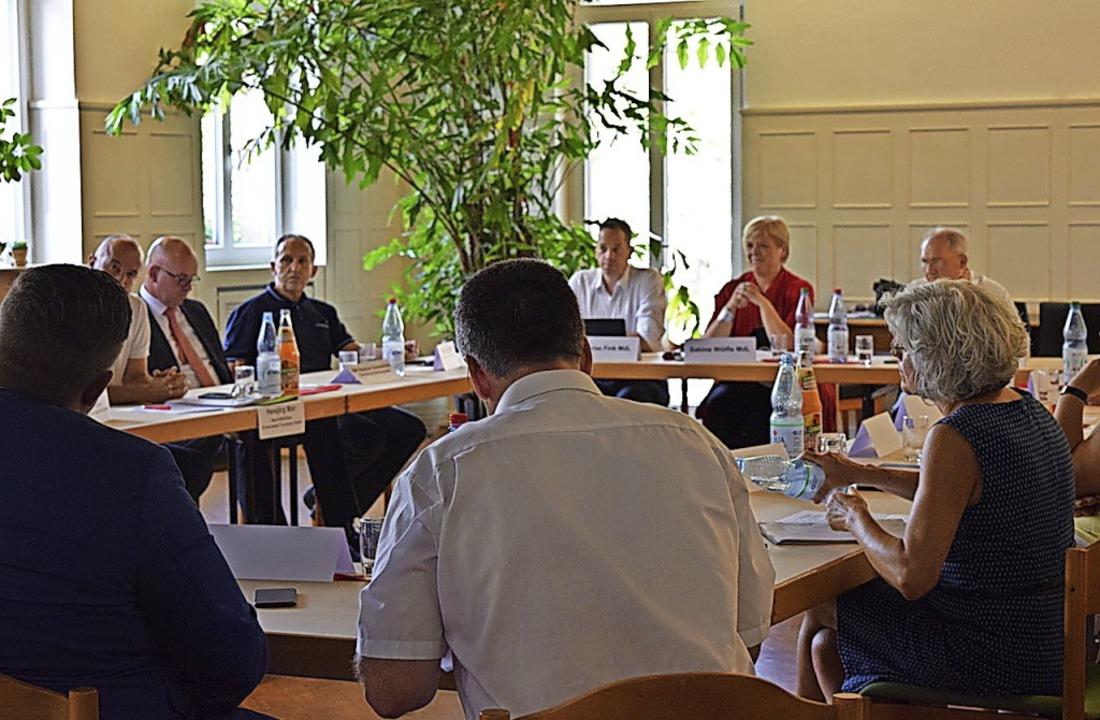 Gegen Gaststättensterben und für nachh...agsfraktion diskutierte in Waldkirch.   | Foto: Privat