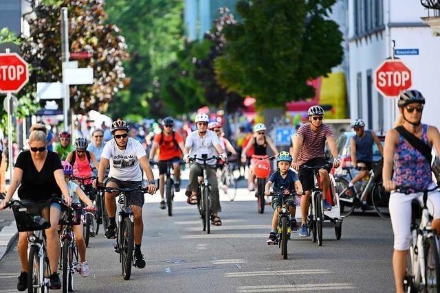 70.000 Menschen fahren beim Slow-up entspannt durch das Dreiland