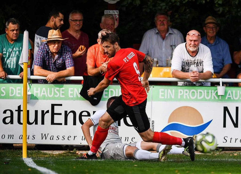 Ein Teufelskerl namens Bastian Bischof...rzielte  der Auggener die 1:0-Führung.  | Foto: Patrick Seeger
