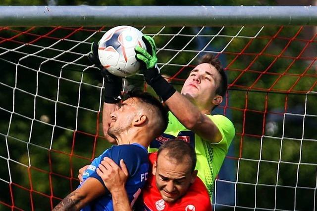 Samma trifft beim 0:2 des FC Neustadt zweimal die Latte