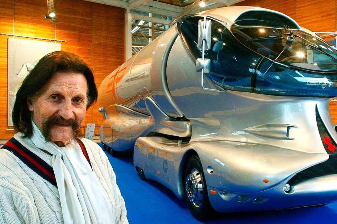 Er galt als dickköpfig und egozentrisc... war stets ein Visionär: Luigi Colani.  | Foto: Ingo Wagner (dpa)