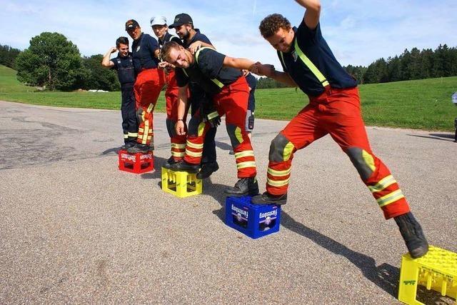 Feuerwehren zeigen Grips und Kraft