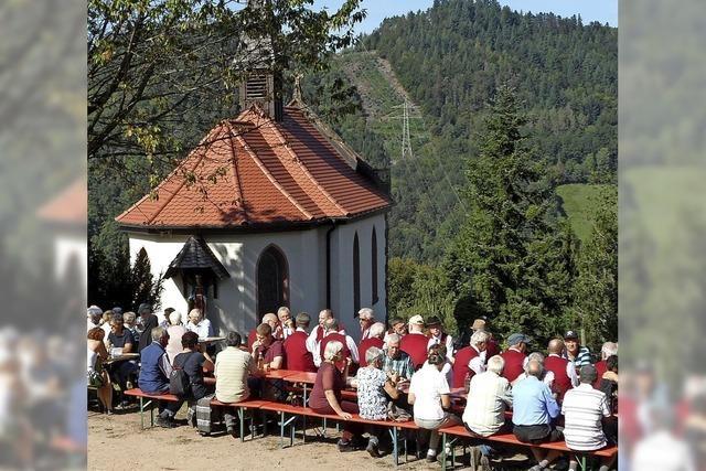 Pilgergang zur Kapelle wie vor 130 Jahren