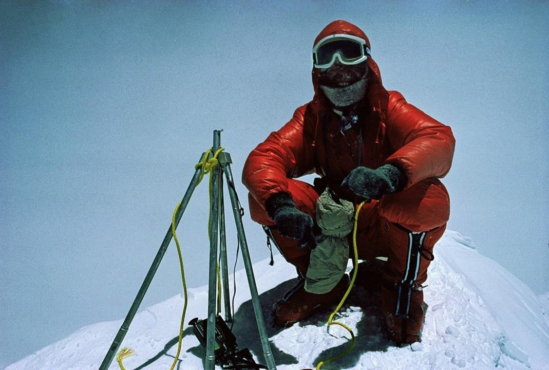 1978 bestieg Messner ohne Sauerstoff den Mount Everest.  | Foto: - (dpa)