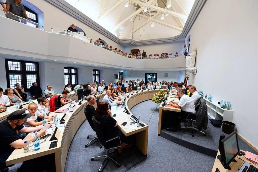 Der Freiburger Gemeinderat bei seiner ersten Sitzung Ende Juli.  | Foto: Ingo Schneider