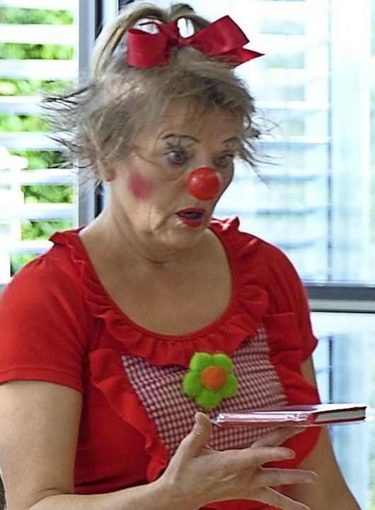 In Müllheim hatte Clownin Sonelli den Schalk im Nacken.  | Foto: Mediathek Müllheim