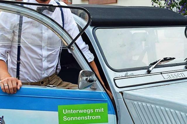 Die Elektroauto-Rundfahrt Wave-Trophy macht in Kirchzarten Station