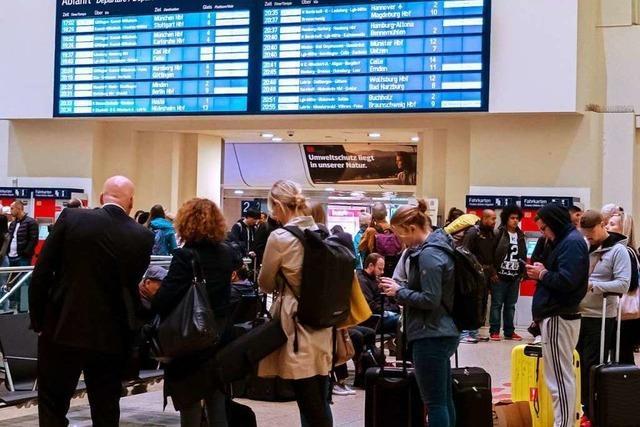 Zugausfälle nach Sturm in Norddeutschland auch am Mittwoch