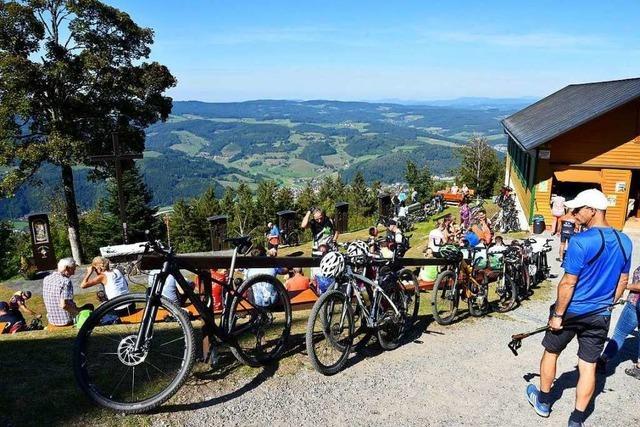 Fotos: Bikerwallfahrt auf den Hörnleberg