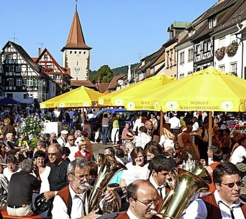 Tolle Kulisse: In Gengenbach ist   Wein- und Stadtfest.   | Foto: Hubert Röderer