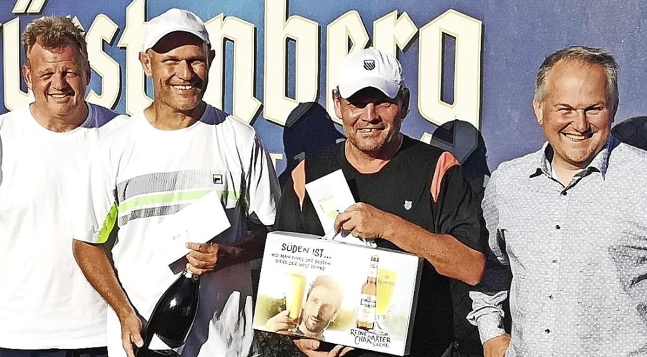 Die  Turnierleiter Thomas Ueber (links...Koliska über ein gelungenes Turnier.    | Foto: Thomas Ueber