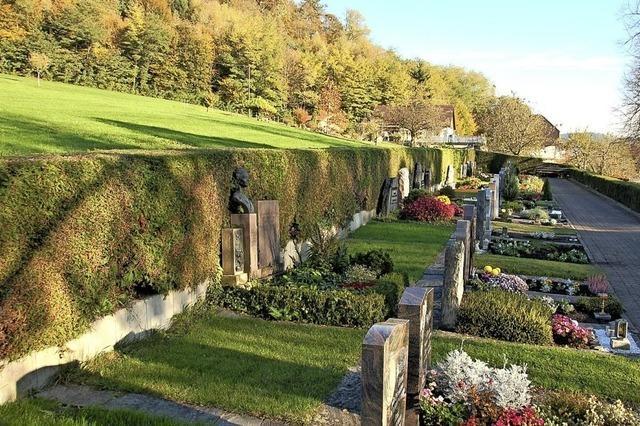 Erweiterung des Friedhofs wird teurer