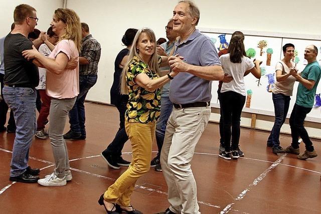 Tanzen im Tal lockt immer mehr
