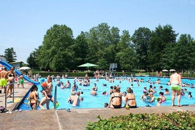 60.000 Gäste kommen ins Schwimmbad nach Steinen
