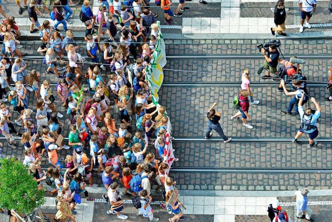 Bereits im Juli demonstrierte Fridays for Future in der Freiburger Innenstadt.  | Foto: Michael Bamberger