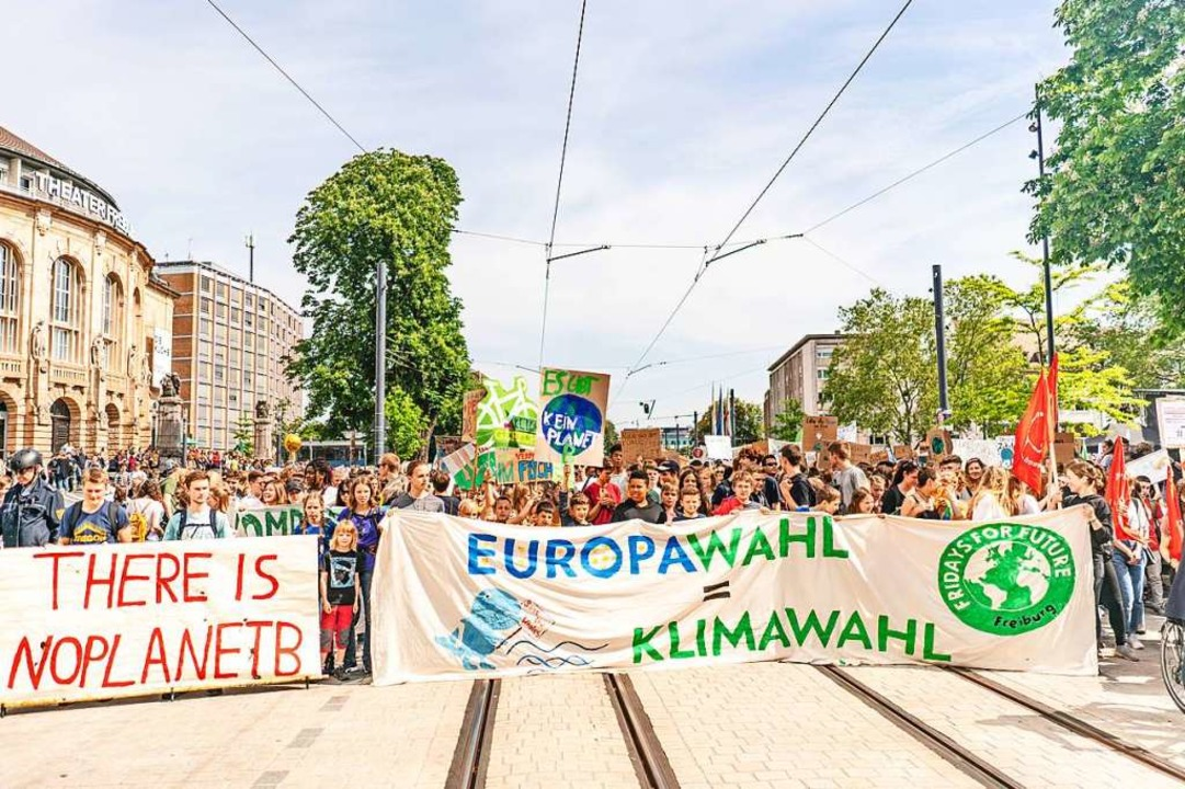 Kein Durchkommen: Am Freitag fahren zw...hl keine Straßenbahnen zum Europaplatz  | Foto: Fabio Smitka