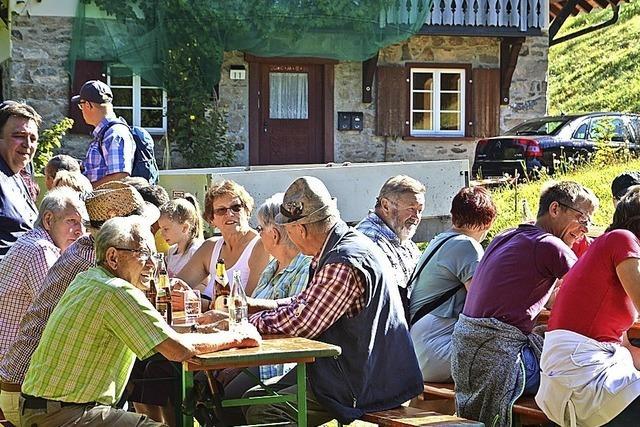 Volkswanderung auf den Ehrsberg