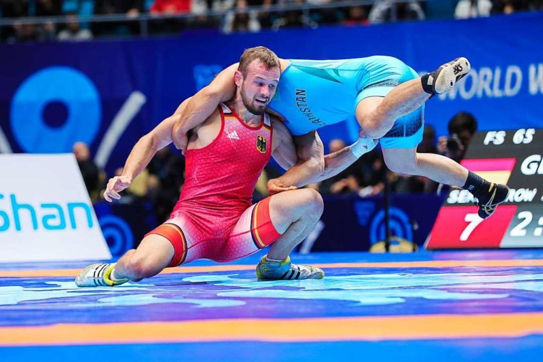 Nach einem Sieg gegen den Spanier  Jua...am Freitag  für Olympia qualifizieren.  | Foto: Kadir Caliskan (dpa)