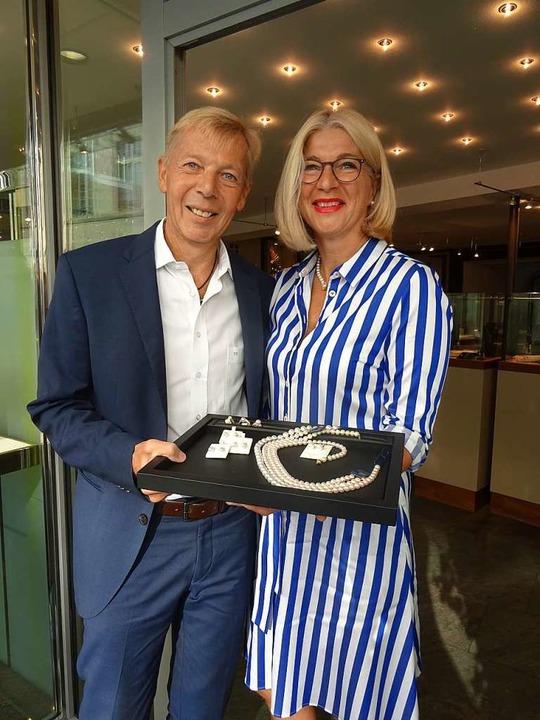 Stefan und Anne-Doris Müller  schließen ihr Juweliergeschäft  | Foto: Johanna Hoegg