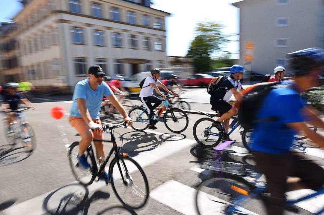 Eigentlich ein Tag der Entschleunigung: der Slow-up.  | Foto: Jonas Hirt