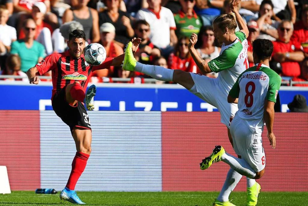 Vincenzo Grifo ist wieder für den SC Freiburg am Ball.  | Foto: Patrick Seeger (dpa)