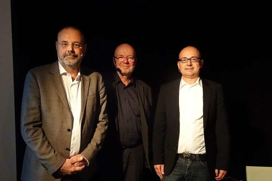 Diskussion in Weil mit Ottmar H. Wernicke, Tonio Paßlick, Christian Göpper  | Foto: Yvonne Siemann