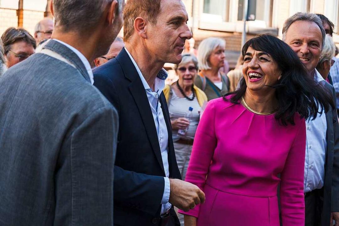 Landtagspräsidentin Muhterem Aras mit ... Lutz. Aras hielt die Revolutionsrede.  | Foto: Ansgar Taschinski