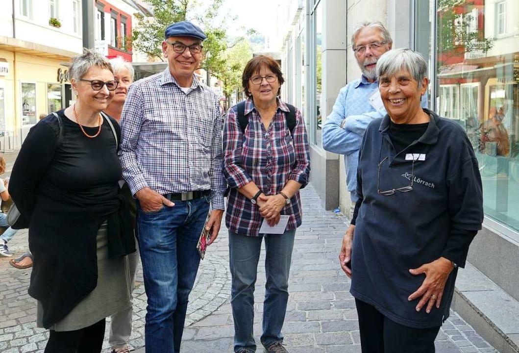 Stadtführerin Heike Röckel und Gäste  | Foto: Martina David-Wenk