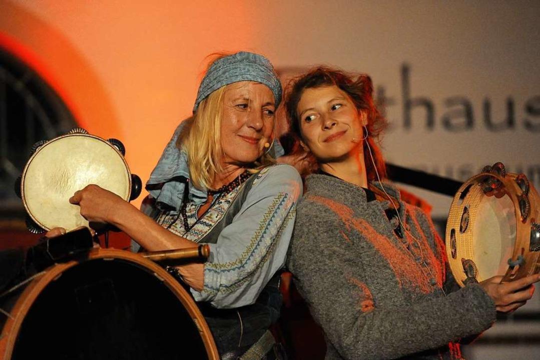 Satolstelamanderfanz: Unaussprechlicher Name, aber mitreißende  Musik  | Foto: Hans-Peter Müller