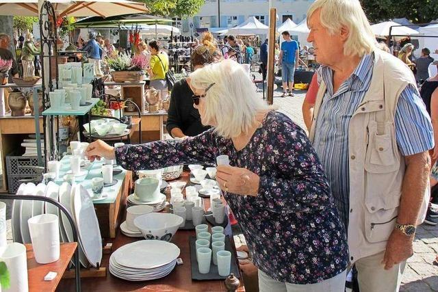 Die Händler loben beim Keramikmarkt in Kandern das Publikum
