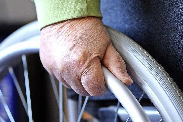 Schallstadter Schüler machen Selbstversuch im Rollstuhl