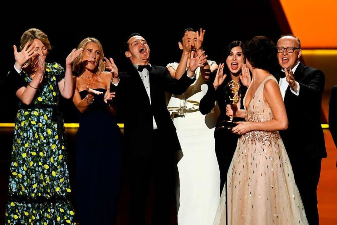 Fleabag-Cast – und -Crewmitglieder auf der Bühne  | Foto: KEVIN WINTER (AFP)
