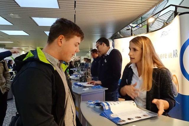 So erlebt ein 15-Jähriger die Ausbildungsbörse in Weil am Rhein