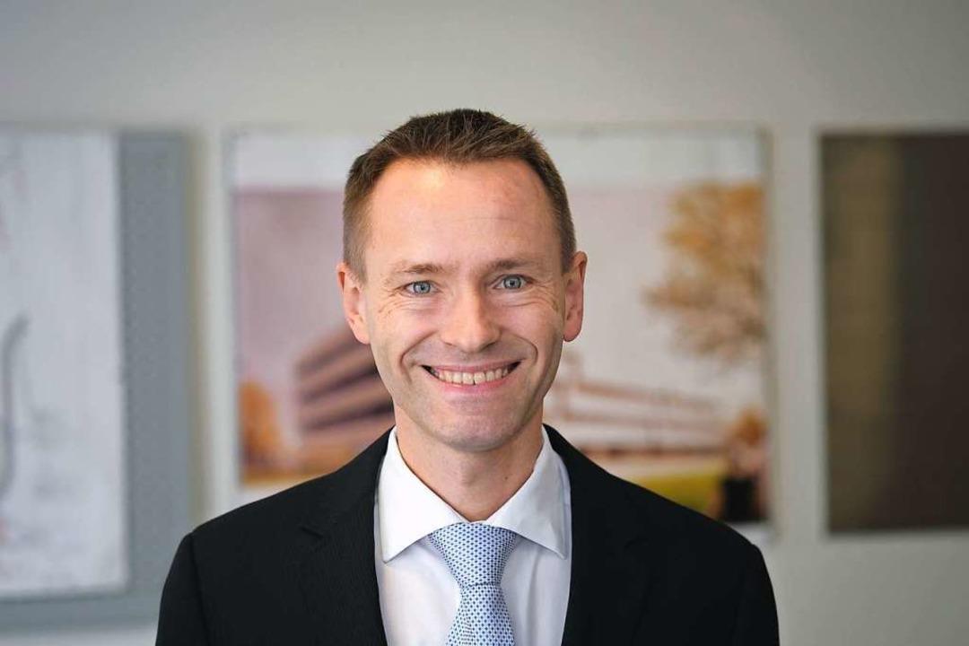 Karsten Buse arbeitet am Fraunhofer-Institut für Physikalische Messtechnik.  | Foto: Fraunhofer IPM