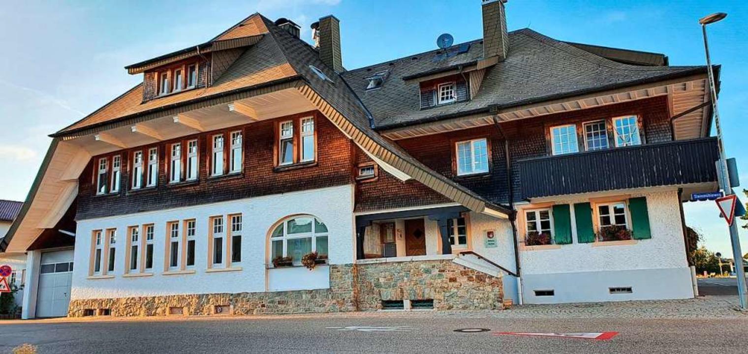 Umgebaut werden soll das Rathaus.  | Foto: Julius Wilhelm Steckmeister