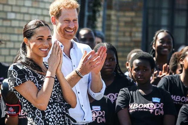 Prinz Harry und seine Familie besuchen Afrika